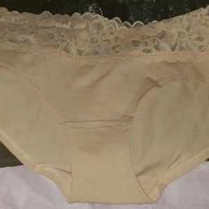 Victoria's Secret NWT Lace trim cheekini
